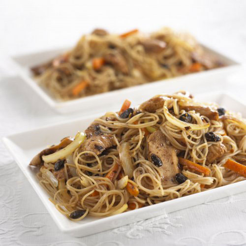 Rice Vermicelli with Black Bean Chicken