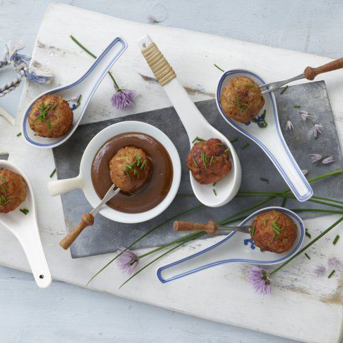 Chicken/Beef Meatballs with Hosin Dipping Sauce