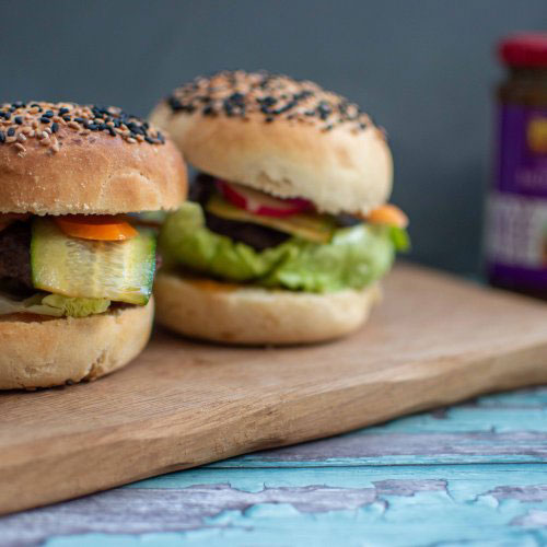Asian hamburgers with pickled vegetables