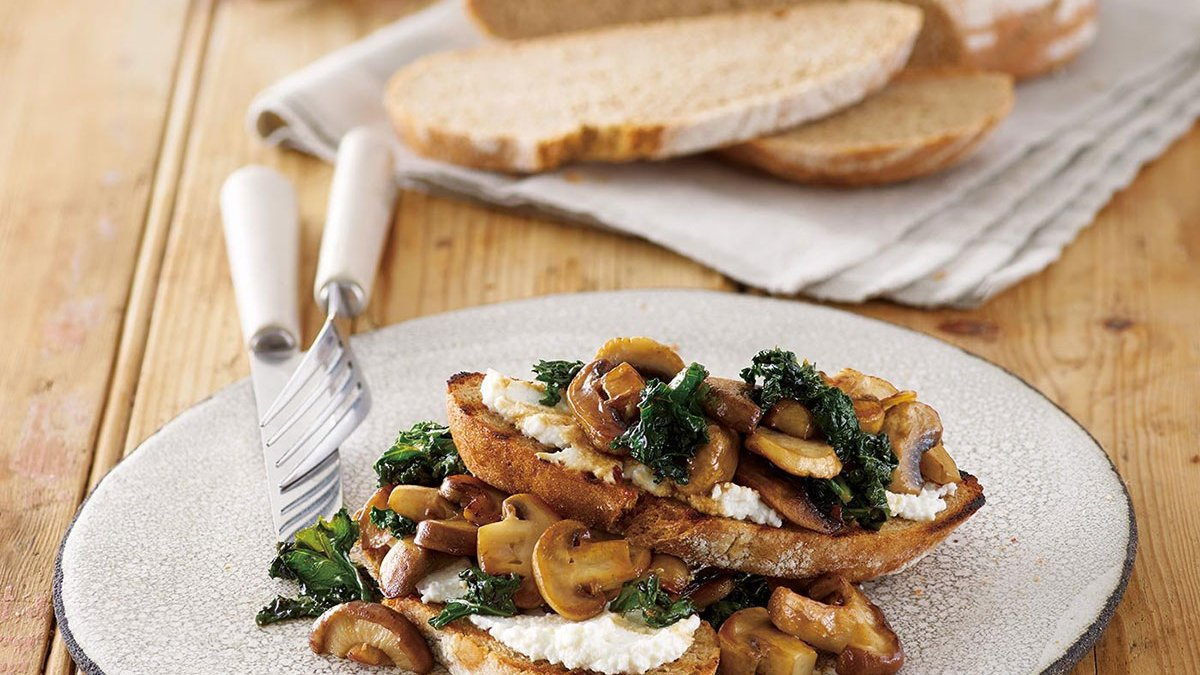 Mushrooms and Kale on Toast